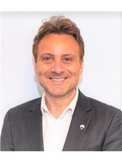 Broker/Owner - Frédéric Théral - RE/MAX Exclusive