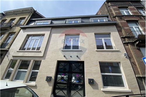 Condo/Apartment - For Rent/Lease - Molenbeek-Saint-Jean/Sint-Jans-Molenbeek, Belgium - 1 - 210021009-192
