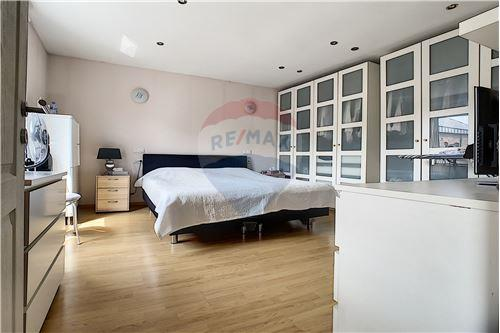 House - For Sale - Awans, Belgium - 43 - 210031004-1