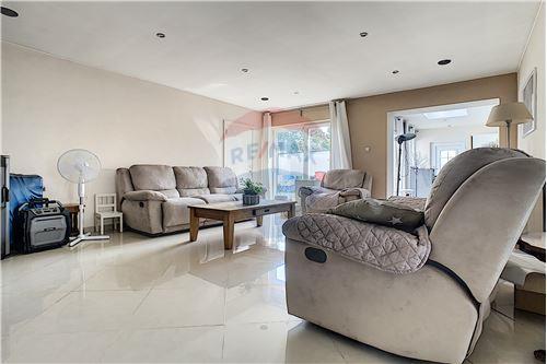 House - For Sale - Awans, Belgium - 40 - 210031004-1