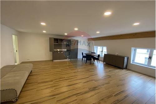 Condo/Apartment - For Rent/Lease - Molenbeek-Saint-Jean/Sint-Jans-Molenbeek, Belgium - 6 - 210021009-192