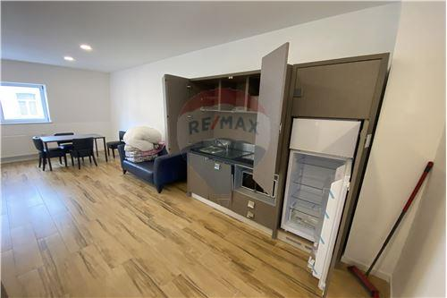Condo/Apartment - For Rent/Lease - Molenbeek-Saint-Jean/Sint-Jans-Molenbeek, Belgium - 10 - 210021009-190