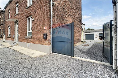 House - For Sale - Awans, Belgium - 52 - 210031004-1