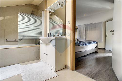 House - For Sale - Awans, Belgium - 59 - 210031004-1