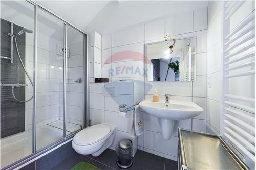 Duplex - For Sale - Gouvy, Belgium - RE/MAX Exclusive, spécialiste de l - Shower Room - 210031005-3
