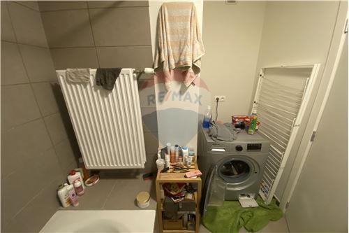 Condo/Apartment - For Sale - Schaerbeek, Belgium - 15 - 210021015-8