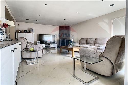House - For Sale - Awans, Belgium - 39 - 210031004-1
