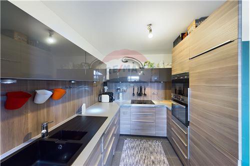 Duplex - For Sale - Gouvy, Belgium - RE/MAX Exclusive, spécialiste de l - Kitchen - 210031005-3