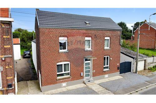 House - For Sale - Awans, Belgium - 32 - 210031004-1