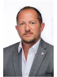 Clive Demicoli - RE/MAX Affiliates - Advantage Msida