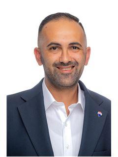 Michael Busuttil - RE/MAX Affiliates - Advantage Msida