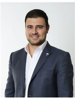 Trevor Gauci Maistre - RE/MAX Lettings Malta SQL