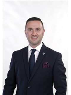 Team Manager - Gordon Attard - RE/MAX - The Strand