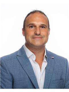 Clive Pollacco - RE/MAX Affiliates - Advantage Msida
