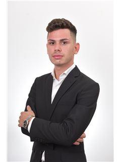Michele Lucia - RE/MAX Affiliates - Professionals Qawra