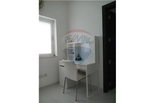 Penthouse for rent to let tarxien south 240101095 196 for Bureau edf 64