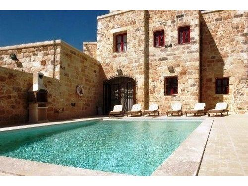 Farmhouse for rent to let zejtun south 240101045 273