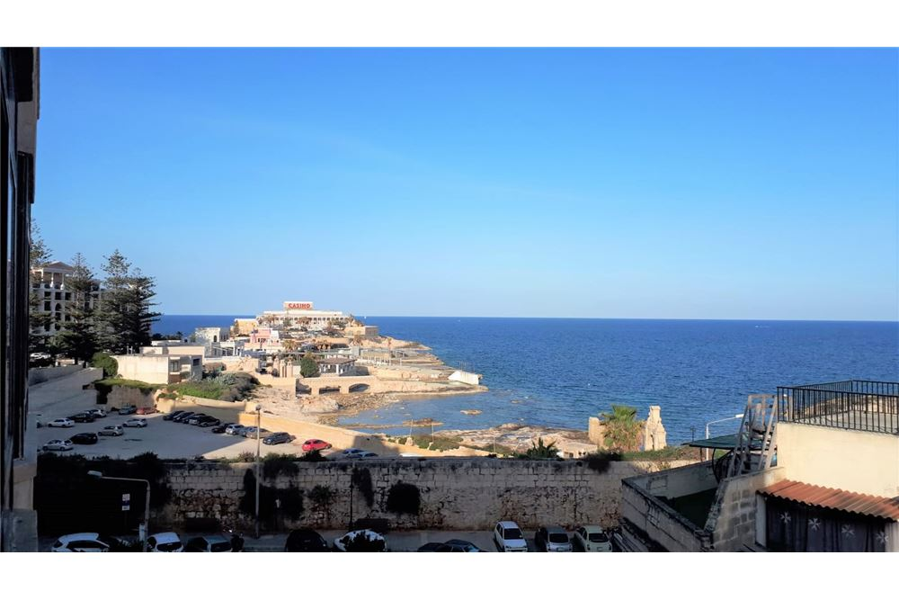 Apartment For Rent/To Let, 2 Bedrooms located at Paceville, Sliema and St  Julians Surroundings | Malta