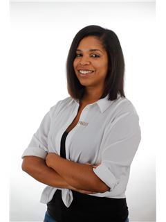 Licensed Assistant - Nadine DOS SANTOS - RE/MAX - Immo Experts