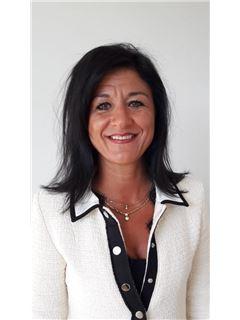 Katty Léonard - RE/MAX - Real Estate Solutions