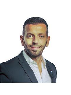 Agent immobilier - Maurizio SPINOSA - RE/MAX - Premium