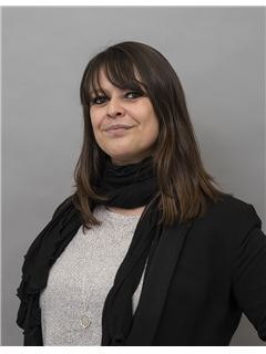 Julie LECHNIAK - RE/MAX - Quality & Trust