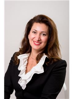 Agent immobilier - Masha Natanzon - RE/MAX - Immo Specialists