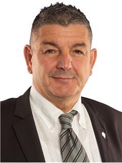 Jean-Claude Englaro (dit Cuni) - RE/MAX - Premium