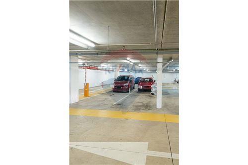 REMAX Premium, garage à vendre à Echternach