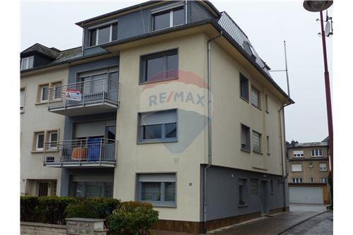 RE/MAX Premium, appartement à vendre à Bereldange.