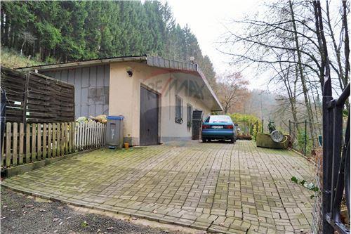 RE/MAX Premium, maison à vendre à Fischbach-Oberraden