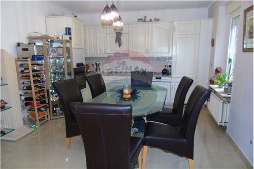 Maison mitoyenne - A vendre - Differdange - 17 - 280301005-601