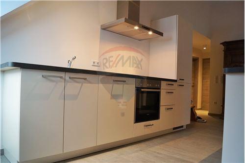 RE/MAX Premium, appartement à louer à Longsdorf