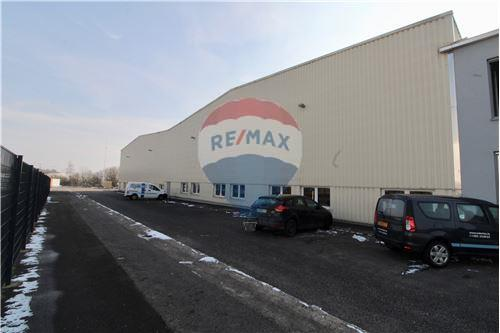 RE/MAX Luxembourg, Bâtiment à vendre Grevenmacher