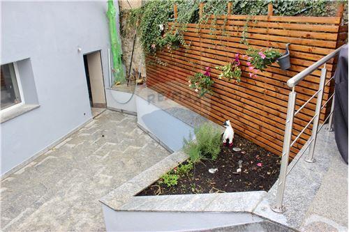 Samostatný dom - Na predaj - Consdorf - 33 - 280181023-9