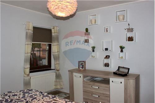 Samostatný dom - Na predaj - Consdorf - 26 - 280181023-9