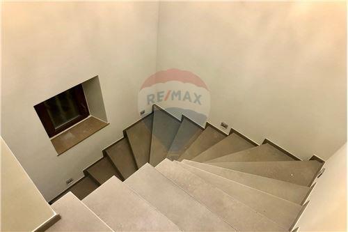 Samostatný dom - Na predaj - Consdorf - 23 - 280181023-9