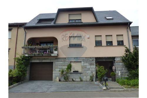 RE/MAX Premium, maison à vendre à Beyren.