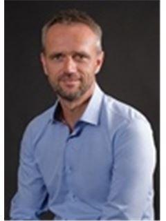 Miroslav Chadima - RE/MAX Consult