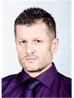 Rostislav Schramek - RE/MAX Profit