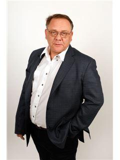 Kamil Kukla - RE/MAX Partner