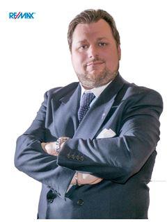 Broker Titolare - Andrea Vacchelli - RE/MAX Recapital