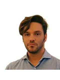 Consulente Immobiliare - Federico Pizzi - RE/MAX Reliance