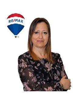 Team Manager - Laura Polverari - RE/MAX Forever