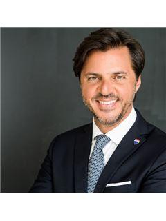 Office Staff - Dario Castiglia - - RE/MAX Italia - Sviluppo Franchising