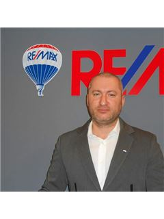 Assistente - Giancarlo Lopis - RE/MAX Platinum