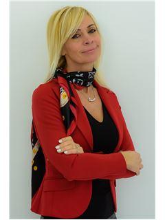 Assistente - Lorena Rossi - RE/MAX Professionisti Immobiliari Associati