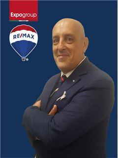 Consulente Immobiliare - Roberto Migliorati - RE/MAX Expo