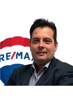 Consulente Immobiliare - Fabio Bologna - RE/MAX Royal