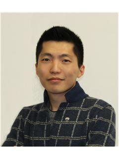 Assistente - Xuan Zhang - RE/MAX Sfera